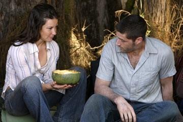 Matthew Fox, Evangeline Lilly nell'episodio 'Il bene superiore' del serial Lost
