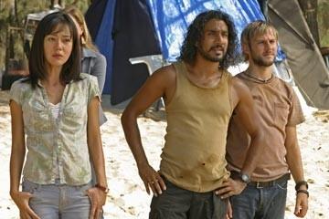 Naveen Andrews, Yunjin Kim e Dominic Monaghan nell'episodio 'Esodo: parte 1' di Lost