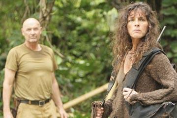 Terry O'Quinn e Mira Furlan nell'episodio 'Esodo: parte 1' di Lost