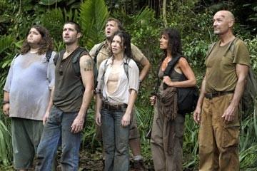 Terry O'Quinn, Jorge Garcia, Mira Furlan, Matthew Fox, Evangeline Lilly e Daniel Roebuck nell'episodio 'Esodo: parte 1' di Lost