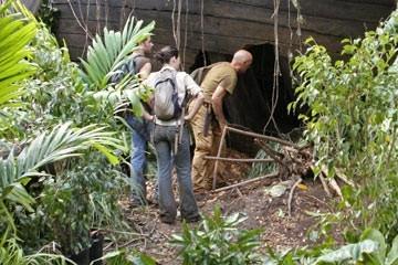 Terry O'Quinn, Matthew Fox ed Evangeline Lilly nell'episodio 'Esodo: parte 2' di Lost