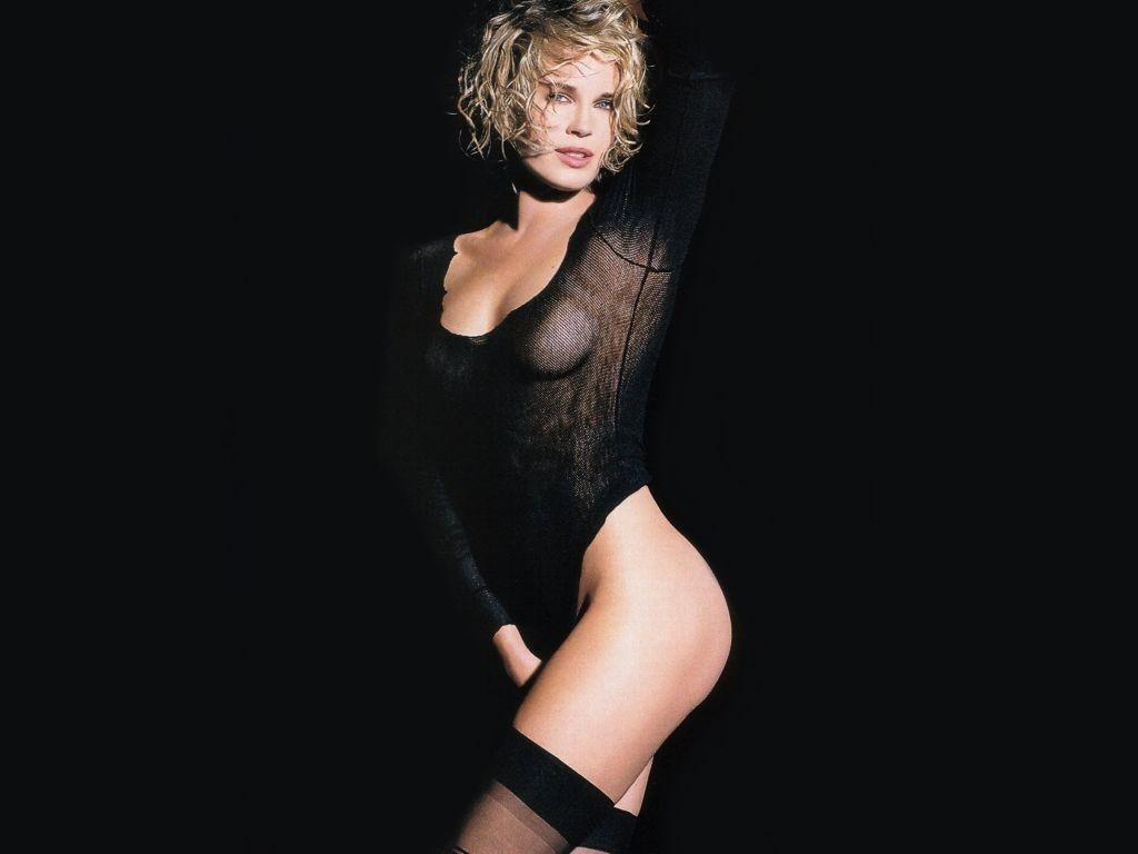 Wallpaper di Rebecca Romijn in lingerie nera