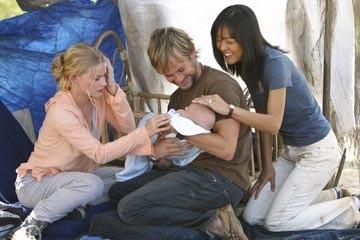 Yunjin Kim, Emilie de Ravin e Dominic Monaghan nell'episodio 'Il bene superiore' di Lost
