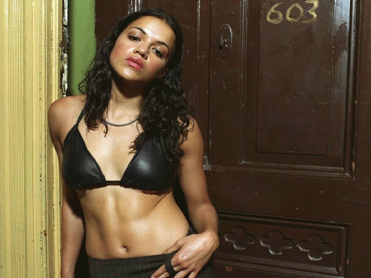 Wallpaper di Michelle Rodriguez in lingerie
