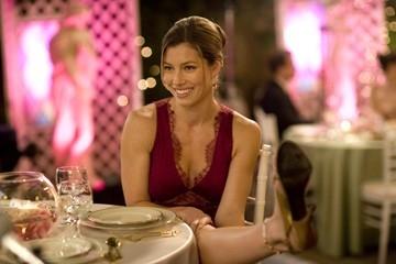 Jessica Biel in una scena di Io vi dichiaro marito e...marito (2007)