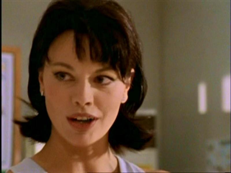 Una scena di Buffy - L'ammazzavampiri, episodio La mantide