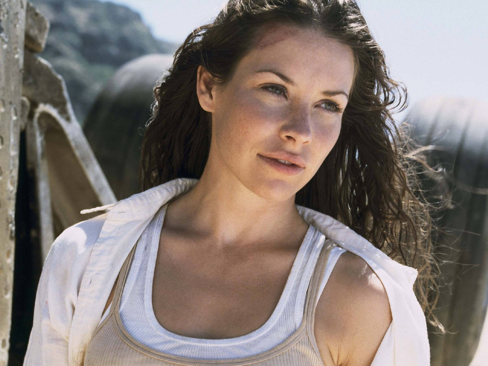 Wallpaper di Evangeline Lilly nel serial tv Lost