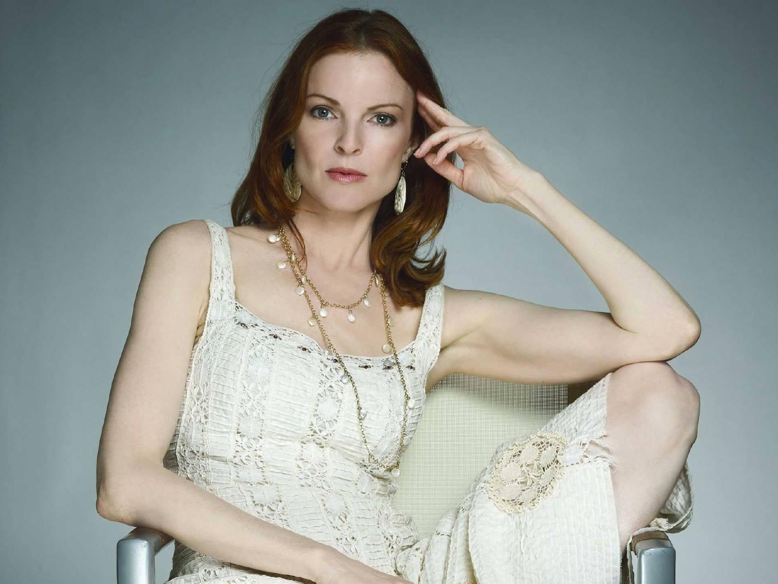 Wallpaper di Marcia Cross. L'attrice è diventata celebre con il ruolo di Bree in Desperate Housewives