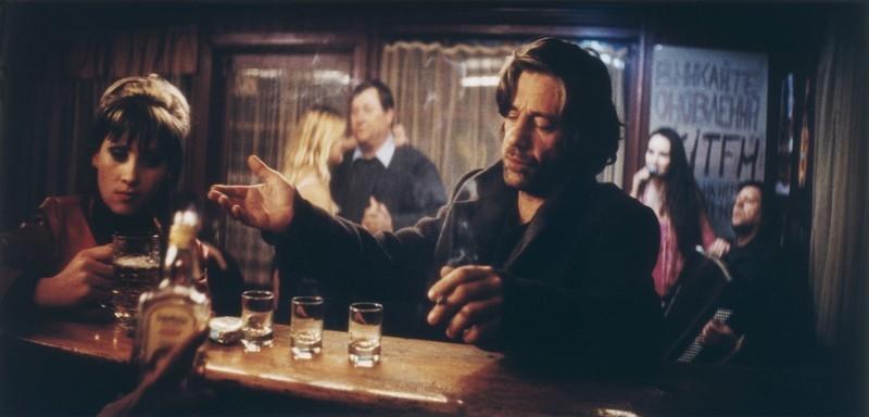 Birol Ünel  in una scena del film Transylvania