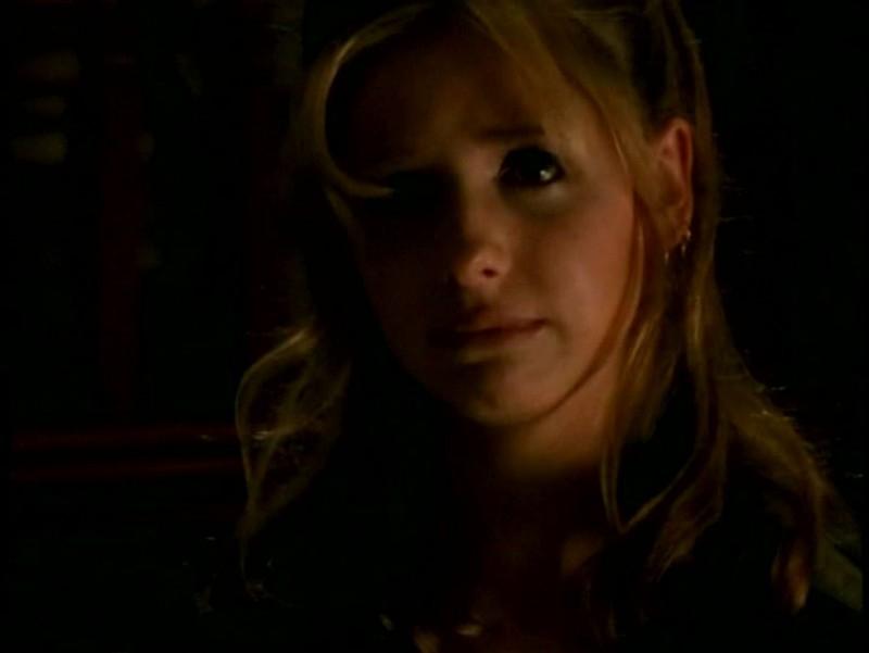 Sarah Michelle Gellar in una immagine di Buffy - L'ammazzavampiri, episodio La profezia