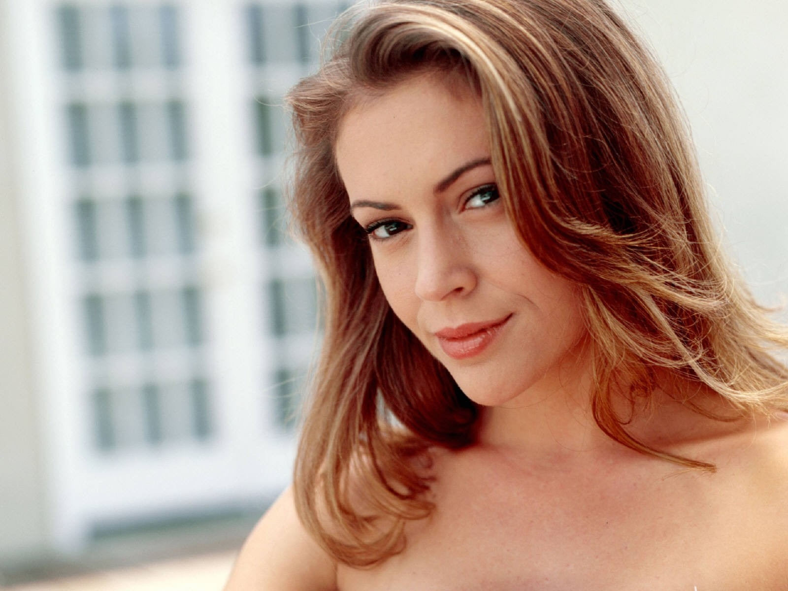 Wallpaper di Alyssa Milano