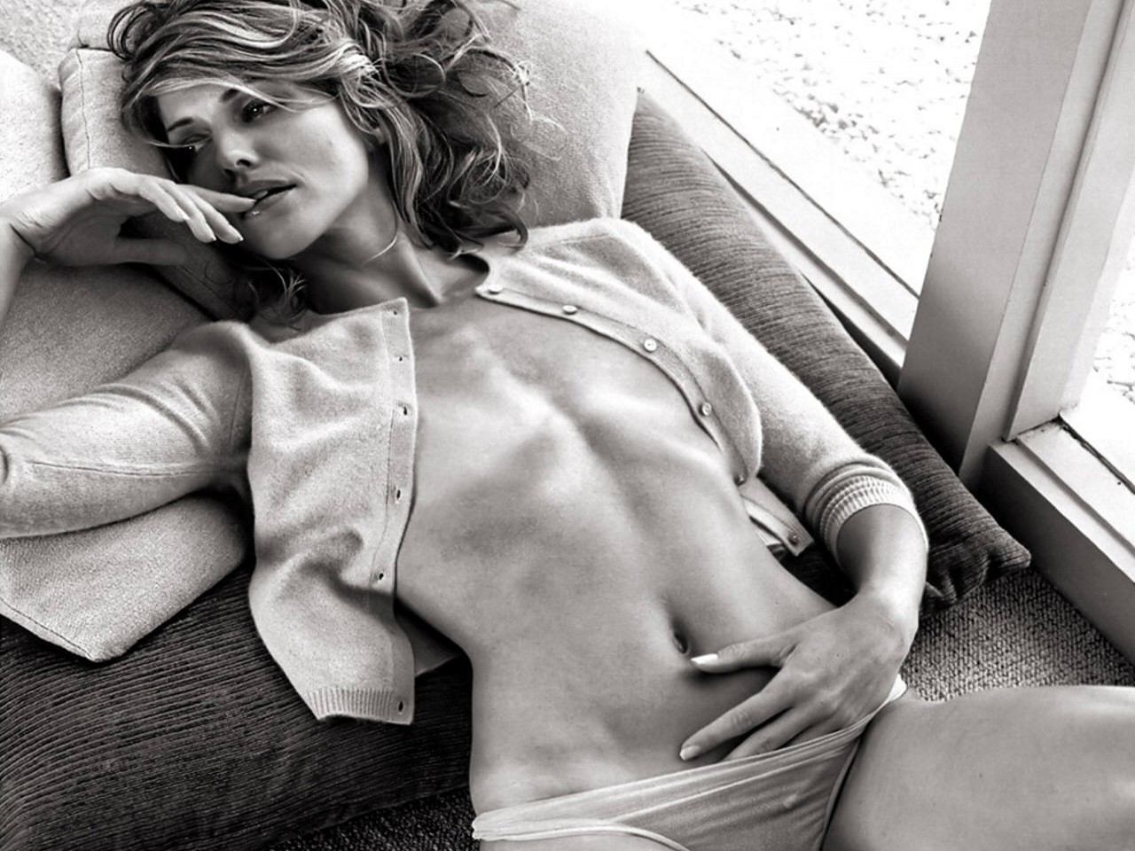 Wallpaper di Tricia Helfer