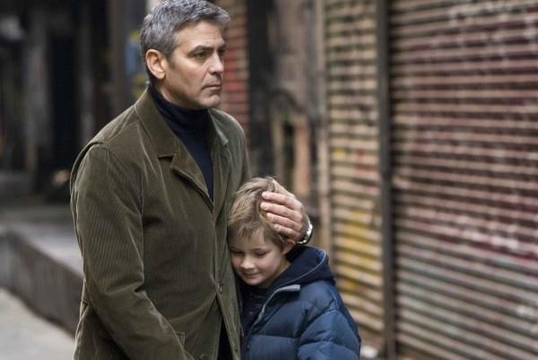 George Clooney in una scena del dramma Michael Clayton