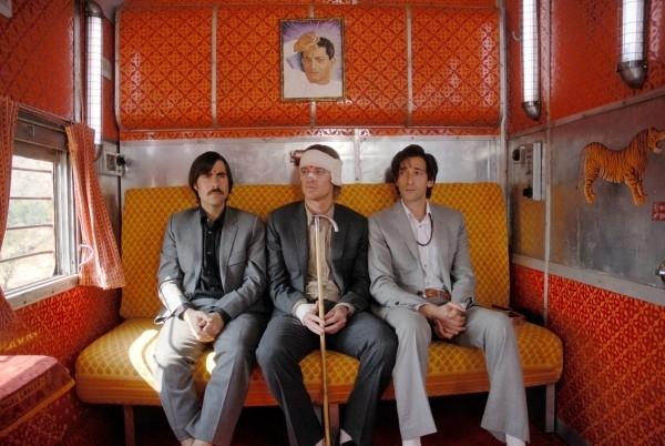 Jason Schwartzman, Owen Wilson e Adrien Brody in una bella immagine de Il treno per il Darjeeling