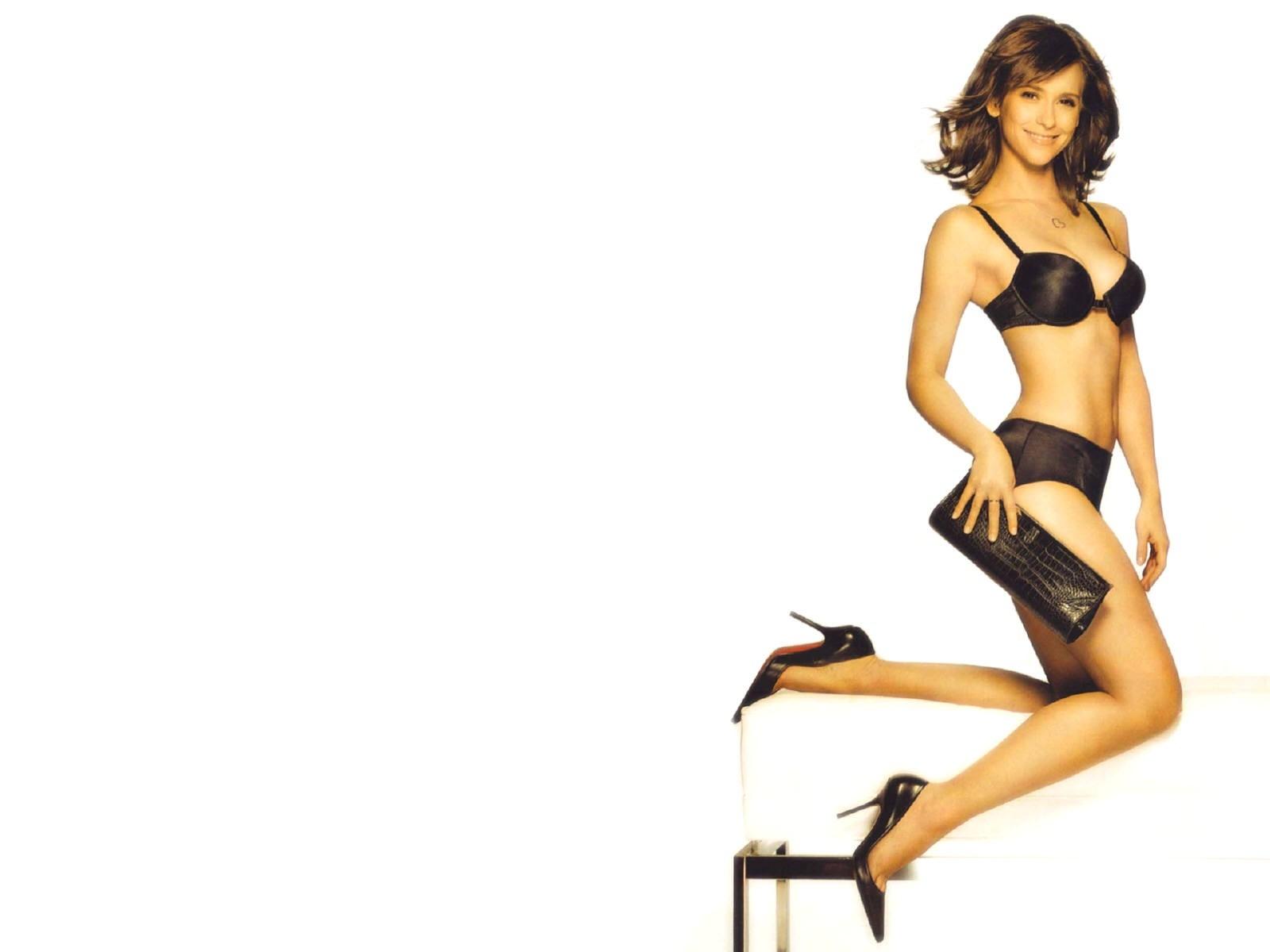 Wallpaper - tacchi a spillo e lingerie per Jennifer Love Hewitt