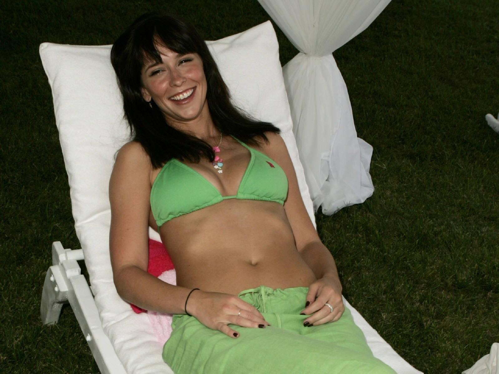 Wallpaper di Jennifer Love Hewitt in bikini