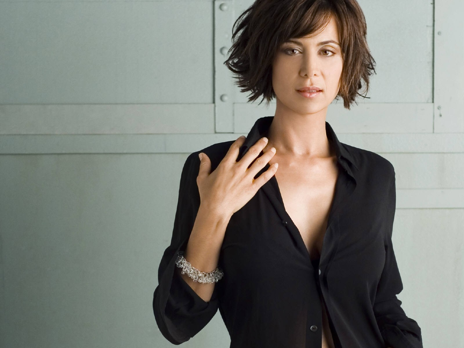 Elegante wallpaper di Catherine Bell
