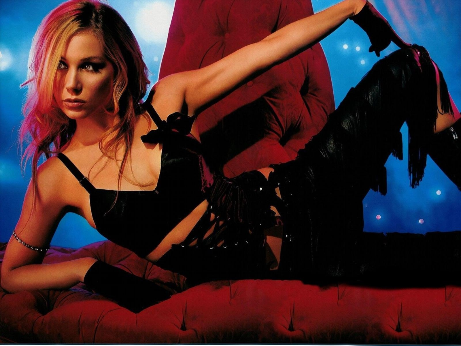Wallpaper: una posa sexy per Christina Applegate