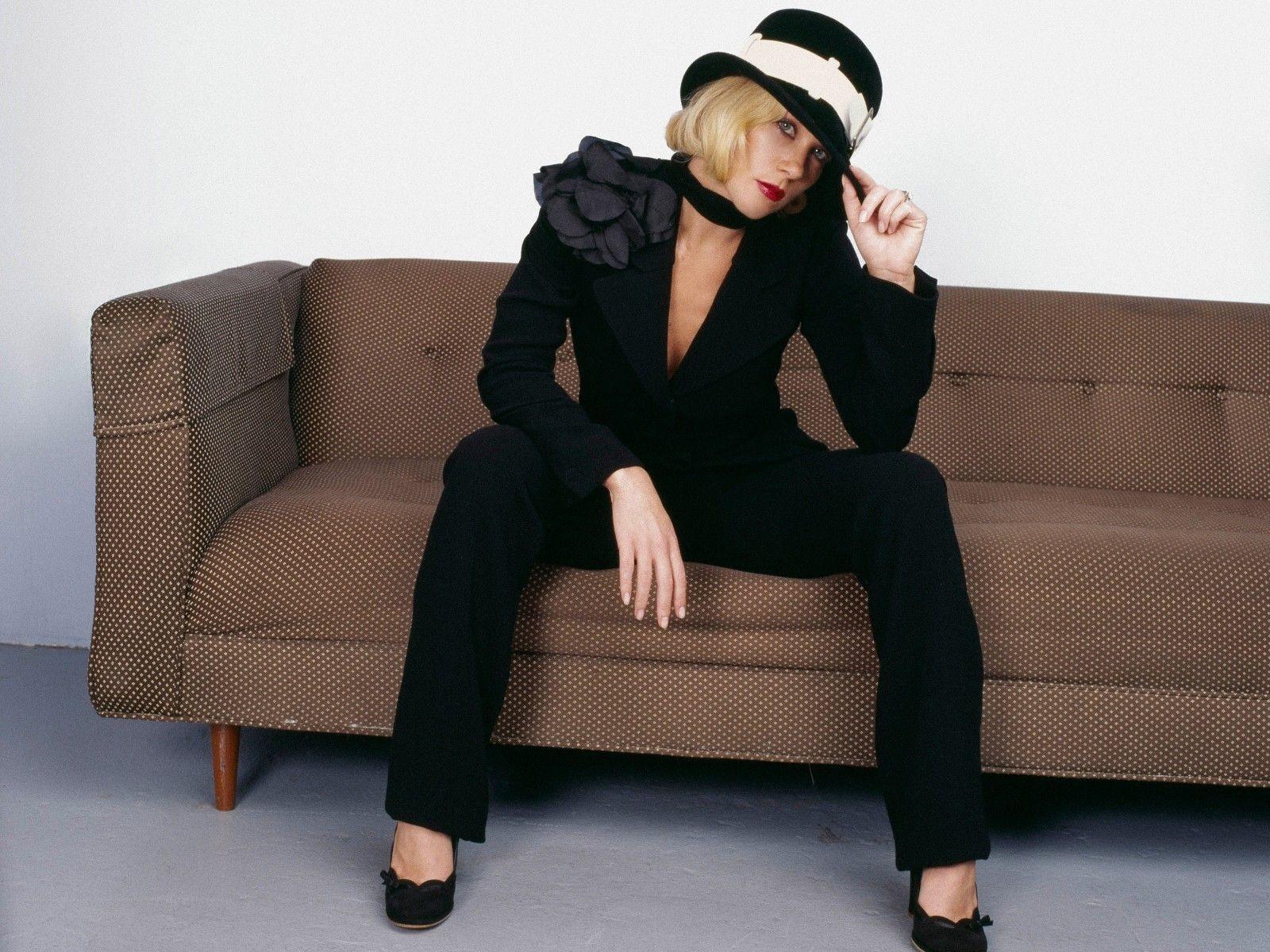 Wallpaper: una grintosa e sexy Christina Applegate