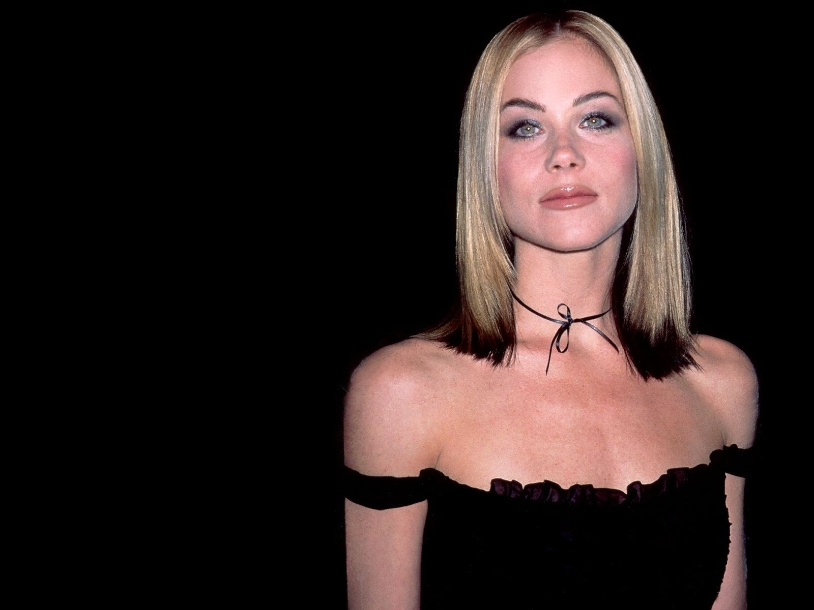 Wallpaper: una seducente Christina Applegate