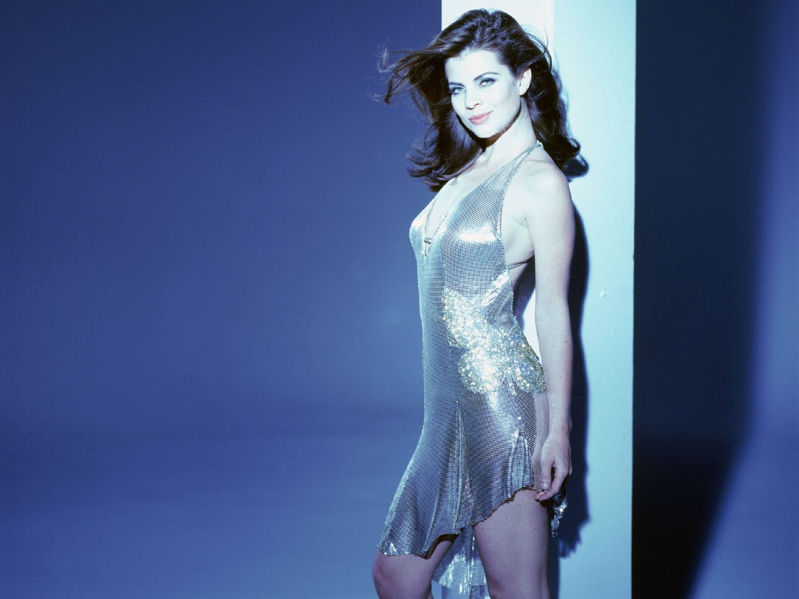 Wallpaper di Yasmine Bleeth - 23