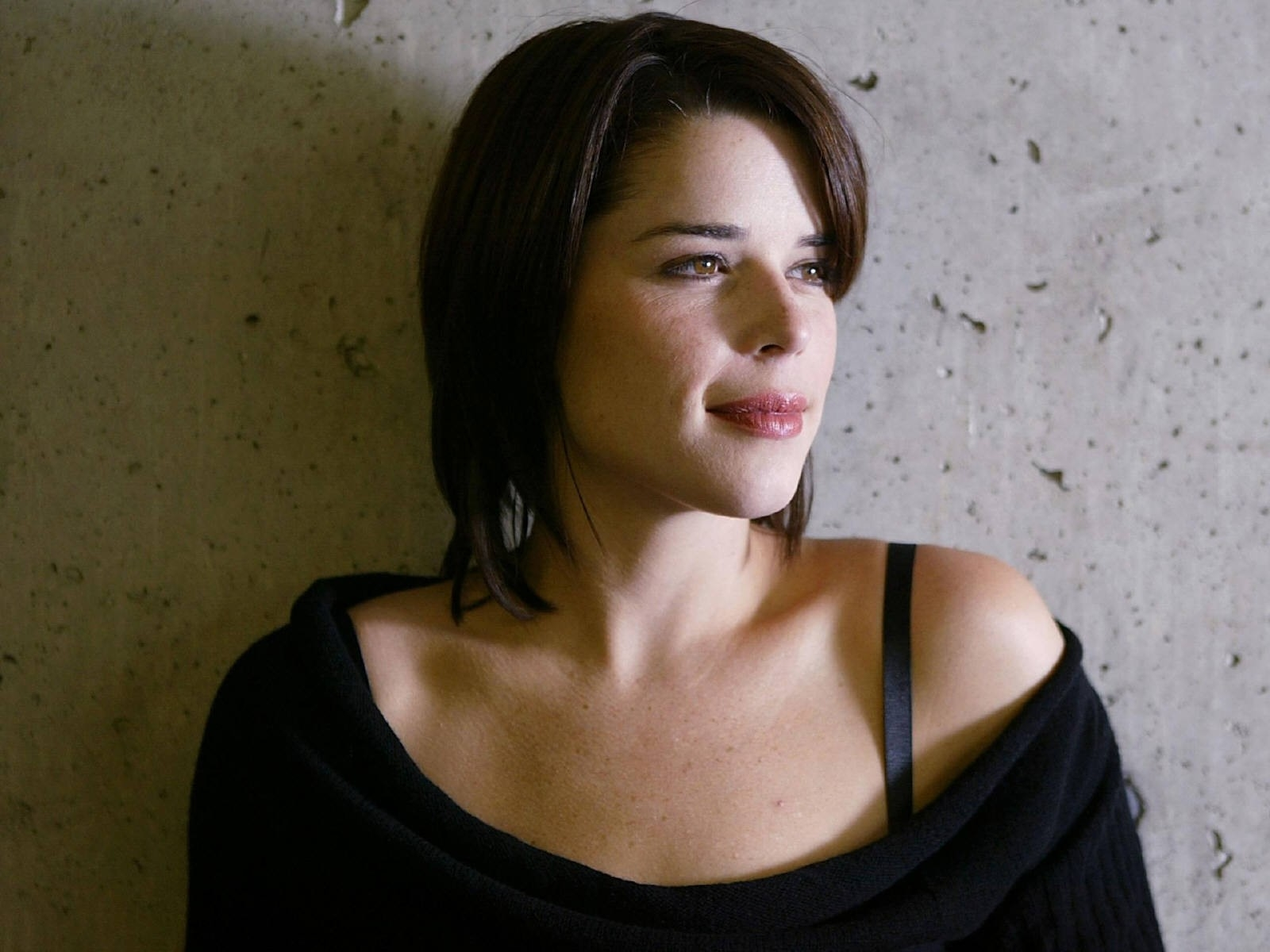 Wallpaper di un primo piano di Neve Campbell