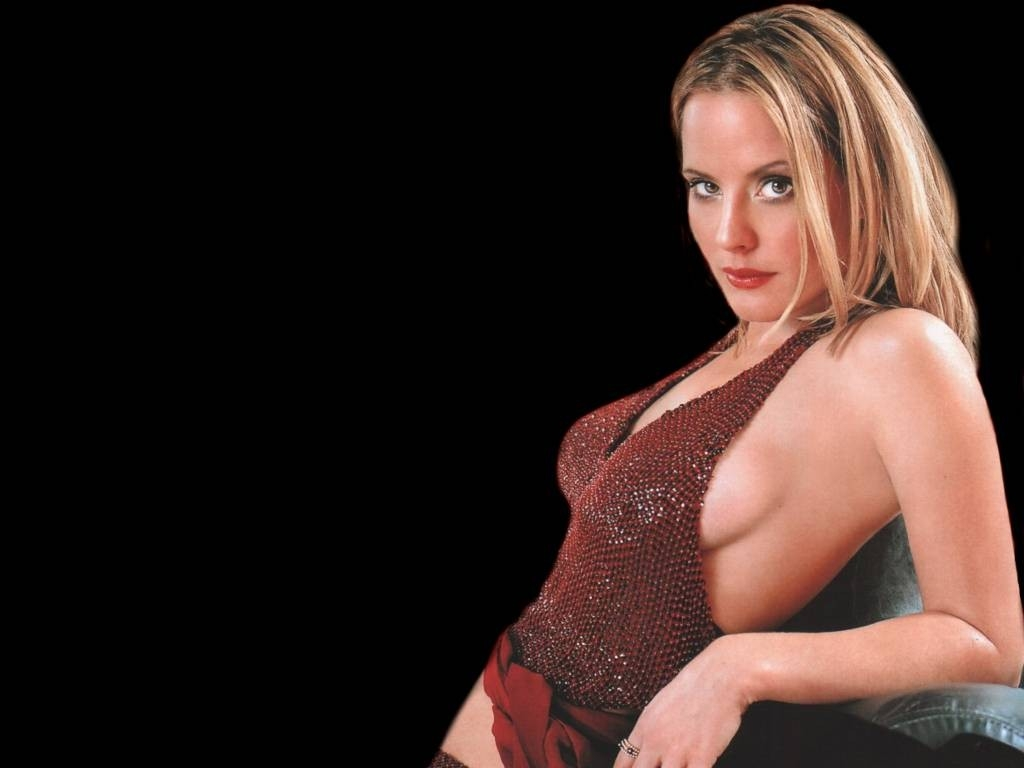 Un sexy wallpaper di Emma Caulfield