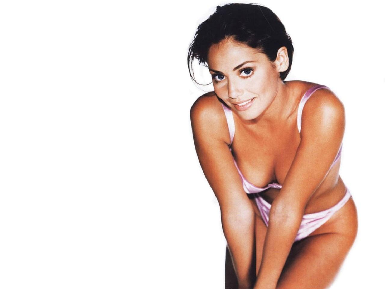 Wallpaper di Natalie Imbruglia - l'attrice e cantante è nata il 4 febbraio 1975, a Sydney sotto il segno dell'Acquario