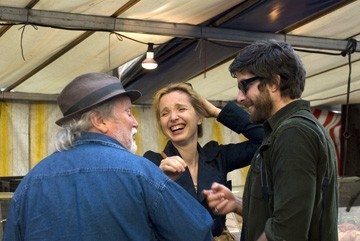 Albert e Julie Delpy con Adam Goldberg in una scena del film 2 Days in Paris