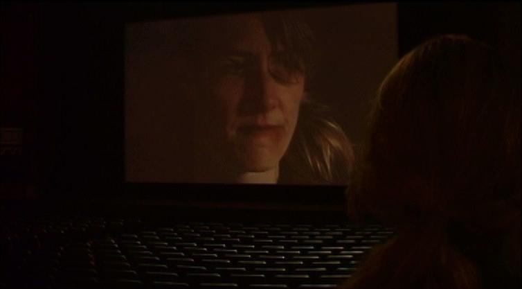 Laura Dern in una scena di INLAND EMPIRE, nel quale ha recitato per Lynch