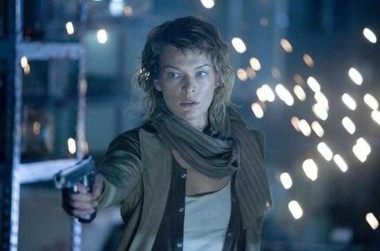 Milla Jovovich in una bella scena di RESIDENT EVIL: EXTINCTION