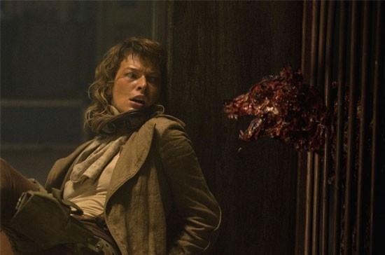 Milla Jovovich in una scena di RESIDENT EVIL: EXTINCTION