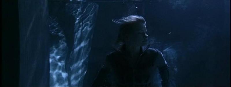 Anita Briem in una scena di THE NUN