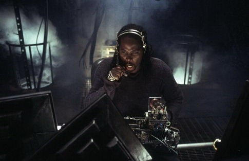 Harold Perrineau Jr. in una scena di MATRIX REVOLUTIONS