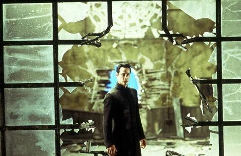 Reeves in una scena di MATRIX REVOLUTIONS