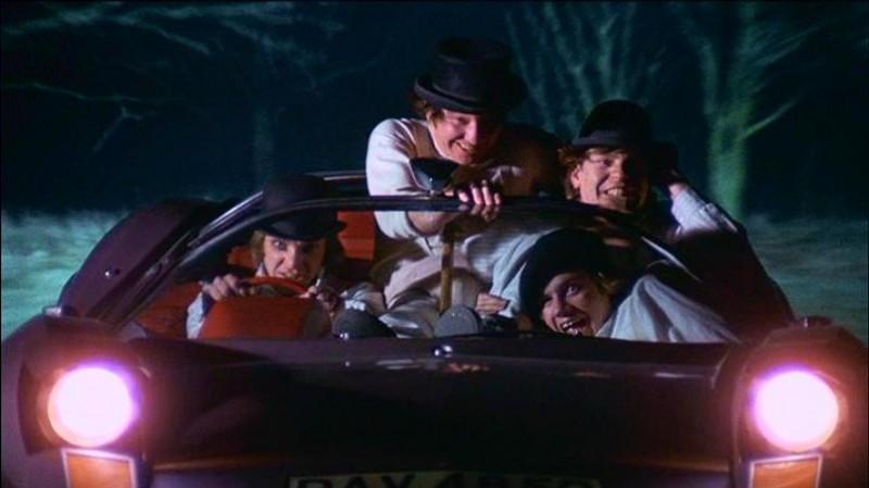 Malcolm McDowell, James Marcus, Warren Clarke e Michael Tarn in una scena di ARANCIA MECCANICA