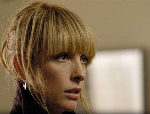 Toni Collette in una scena del film Symbiosis - Uniti per la morte