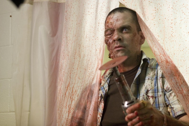 Una sequenza splatter del film del film Planet Terror, episodio del double feature  Grind House