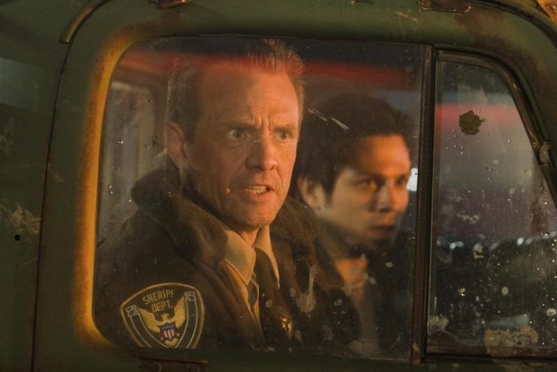 Una scena  del film Planet Terror, episodio del double feature  Grind House