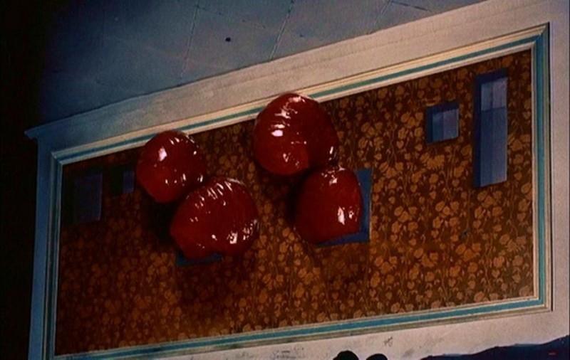 La strisciante gelatina aliena di BLOB, FLUIDO MORTALE