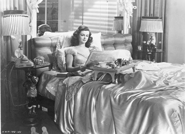 Joan Bennett in una scena de La donna del ritratto