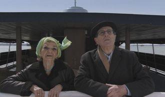 Manoel De Oliveira e Maria Isabel de Oliveira in una scena di  Cristóvão Colombo - O Enigma
