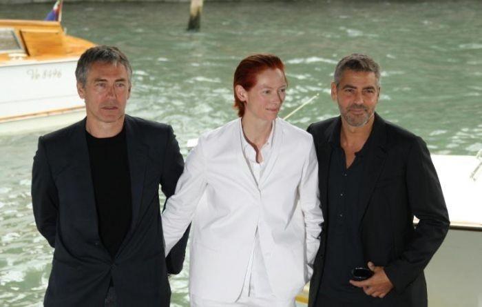 George Clooney e Tony Gilroy con Tilda Swinton a Venezia 64. con Michael Clayton