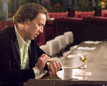 Nicolas Cage in una scena del film Next (2007)