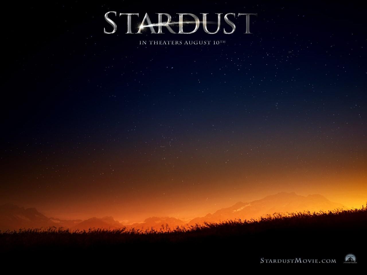 Wallpaper del film Stardust con un suggestivo paesaggio
