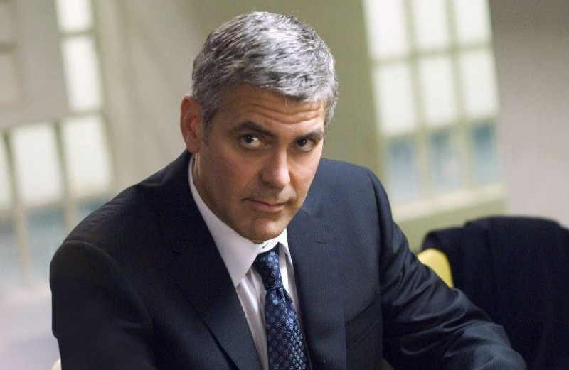 Una bella immagine di George Clooney in Michael Clayton