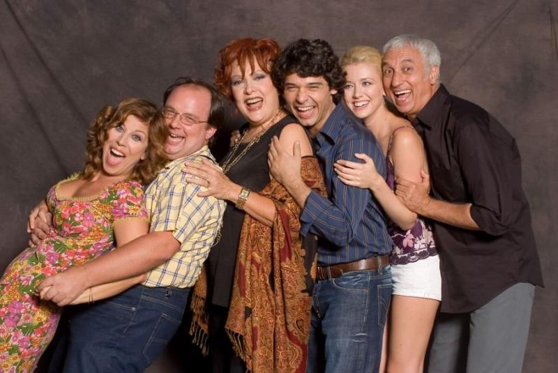 foto promozionale del cast di '7 Vite'