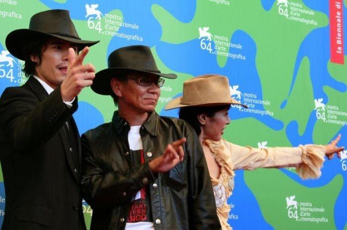 Hideaki Ito, Takashi Miike e Kaori Momoi a Venezia per presentare Sukiyaki Western Django