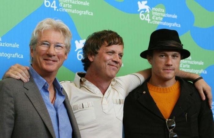 Richard Gere, Todd Haynes e Heath Ledger presentano Io non sono qui a Venezia 64.