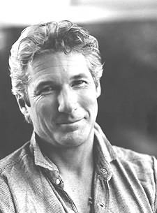 Un primo piano di Richard Gere